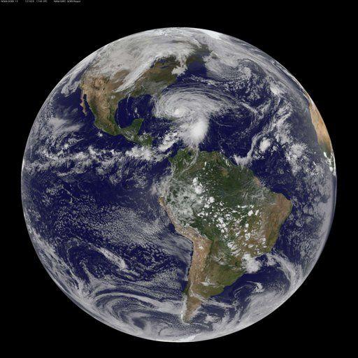 地球の衛星画像(NASA)