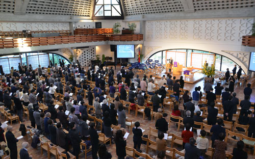 東京大会に集った教職信徒ら=24日、東京・淀橋教会で