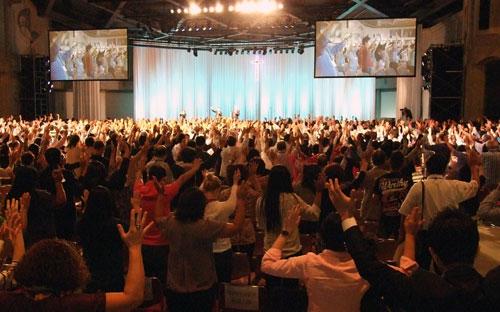 「日本が世界宣教のカギ」 エンパワード21全日本大会