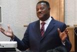 講演するセドリック・オリバー氏=25日、大阪府八尾市のグレース宣教会・グレース大聖堂で