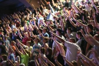 """""""世界15億人のティーンエイジャーに福音を"""" 米最大規模の青年宣教団体、海外宣教を重点化方針"""
