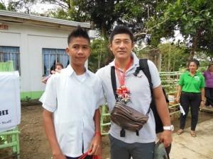 広島東洋カープの石井琢朗コーチ、フィリピンの子ども支援でチャイルド・ファンドに寄付
