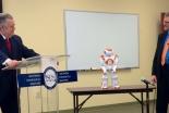 米福音派神学校が人形ロボット「NAO」を導入 人口知能に関する倫理研究で
