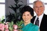 米初代メガチャーチ「クリスタル・カテドラル」の共同創立者アルベラ・シュラー夫人の葬儀行われる