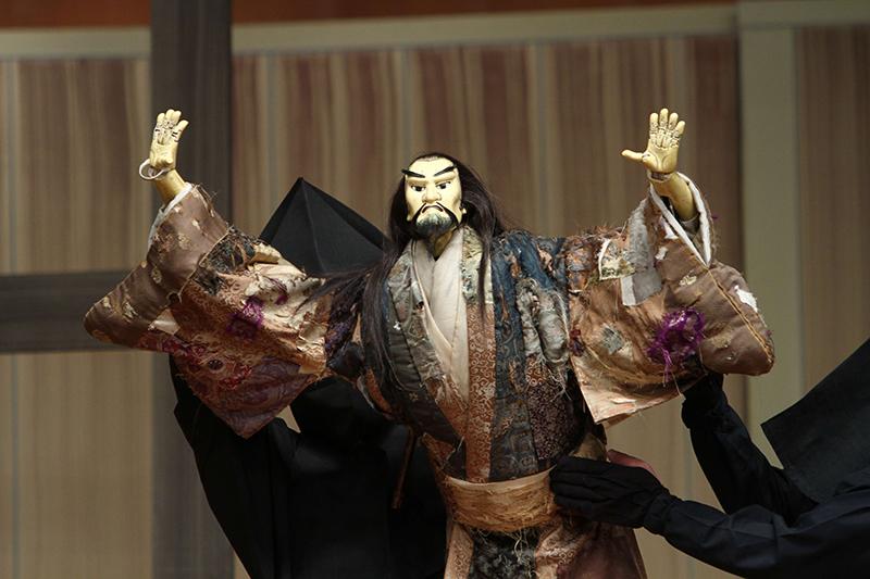 キリスト教の能と文楽が共演(1):3・11に東日本大震災3周年で鎮魂と復興の祈り込め