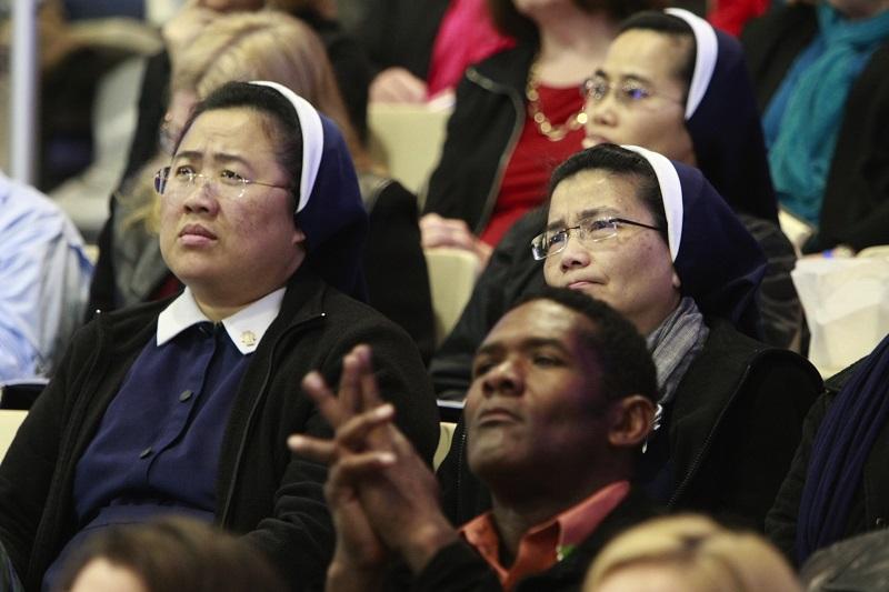 「メンタルヘルスと教会」をテーマに米サドルバック教会で行われた集会の参加者。カトリック教会からの参加者もあった=3月28日、米カリフォルニア州レイクフォレスト市で(写真:同教会)