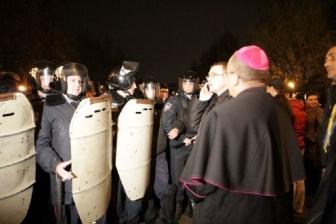 世界教会協議会やセルビア正教会の指導者ら、ウクライナのために祈りを呼びかけ