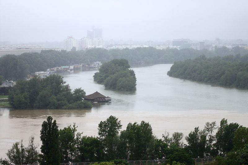 バルカン半島、過去120年間で最悪の洪水=死者40人超 正教会総主教が助け求める