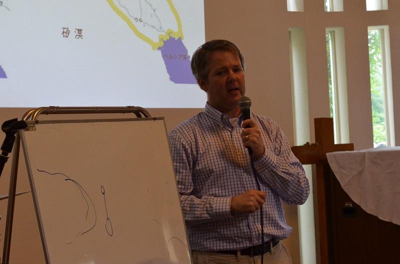 講演を行ったショート・ランドル東京基督教大学准教授=5日、おゆみ野教会(千葉市)で