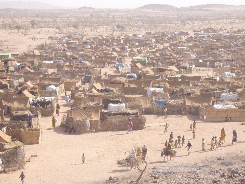 スーダンにあるダルフールの難民キャンプ(写真:Mark Knobil)