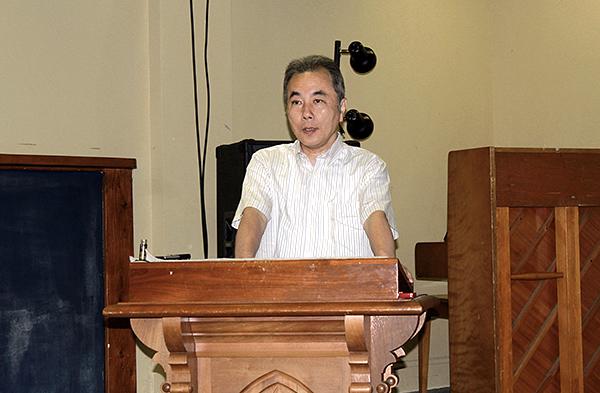 講演する高木康俊牧師=22日、ロックビル・ファーストバプテスト教会日本語ミニストリー(米メリーランド州)で