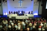 英国国教会、女性主教を容認 5世紀余りの歴史で大きな転換