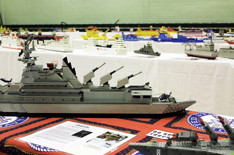 神のためのレゴ艦隊 レゴの艦隊150隻で子どもたちに神を伝える