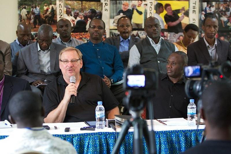 今月11日、リック・ウォレン氏がルワンダの首都キガリ市で記者会見を開き、2015年8月6〜10日のオール・アフリカPDC大会開催を発表した。(写真:サドルバック教会 / スコット・トカー)