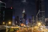 香港政府は「座って手をこまねいている」 カトリック紙編集長が警告