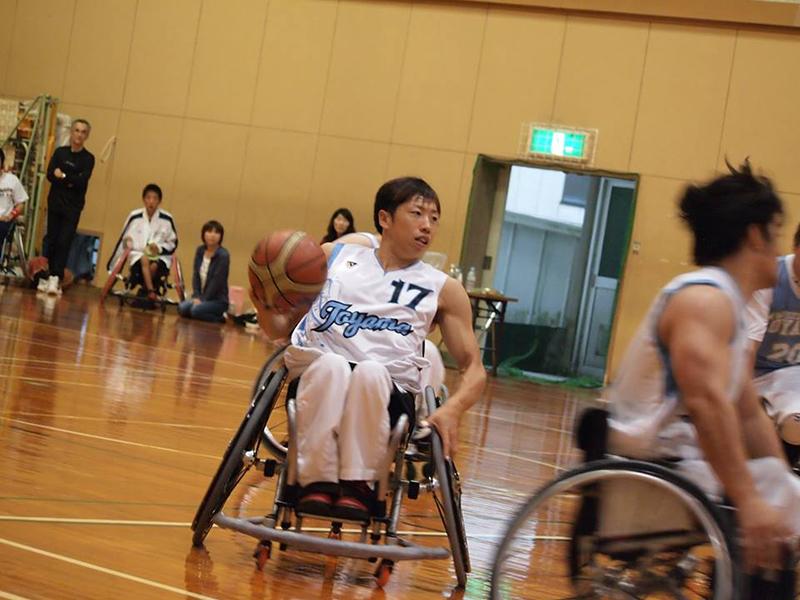 """プロ車椅子バスケットボール選手・野澤拓哉さん """"車椅子は神様が与えてくれた贈り物"""""""