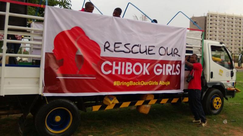今年4月に「ボコ・ハラム」によって拉致された200人を超える女生徒たちの解放を求め、ハッシュタグ「#BringBackOurGirls」を広めるトラック