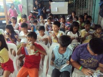 """""""始まりました。教会子どもプログラム!"""" 「ホープ・フォー・リビング フィリピン」その後の活動の様子"""