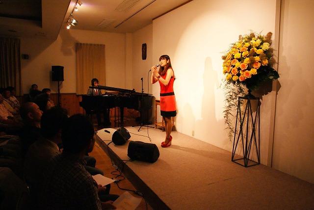 ゴスペルジャズシンガー・戸坂純子さん ニューアルバムリリース すべての人にゴスペルの力を