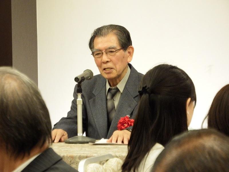 講演する鈴木範久・立教大学名誉教授=7日、学士会館(東京都千代田区)で