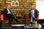ブッシュ元米大統領「大統領任期中は毎日聖書を読んでいた」