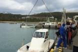 米軍基地建設抗議船「不屈」、辺野古の海へ進水 沖縄キリスト教平和研究所の募金で購入