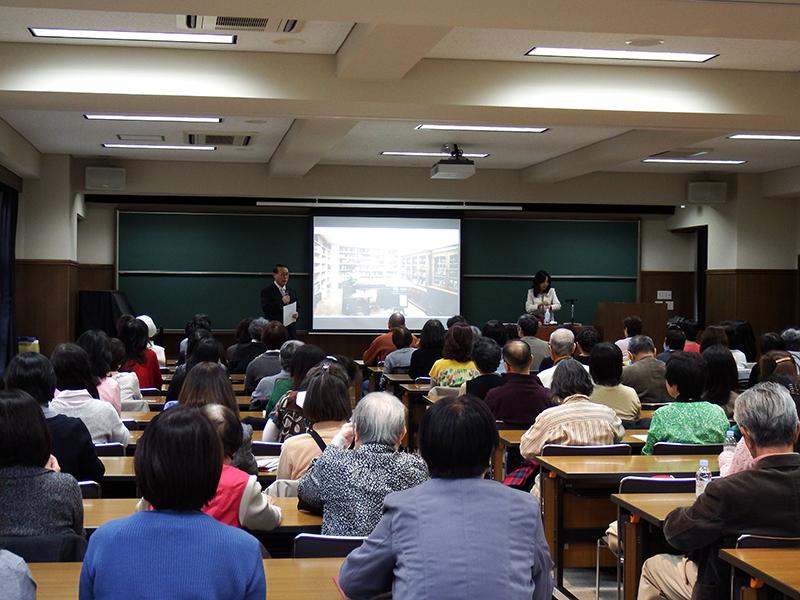 健康で普遍的な物語を子どもたちへ 村岡花子の孫・美枝氏が東洋英和で特別講座