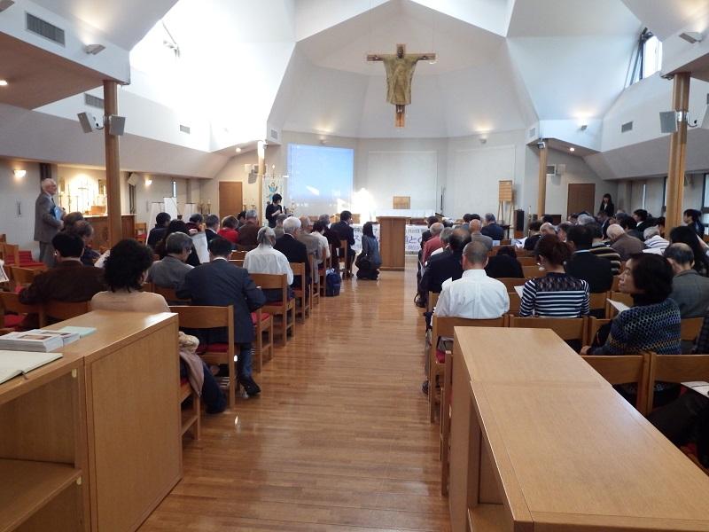 日本聖公会聖アンデレ教会で行われたセミナー「キリスト教と神道との対話」(神道国際学会主催)の様子=22日、同教会(東京都港区)で
