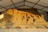 砂像でイエス・キリスト誕生の場面再現 福岡でクリスマスまで