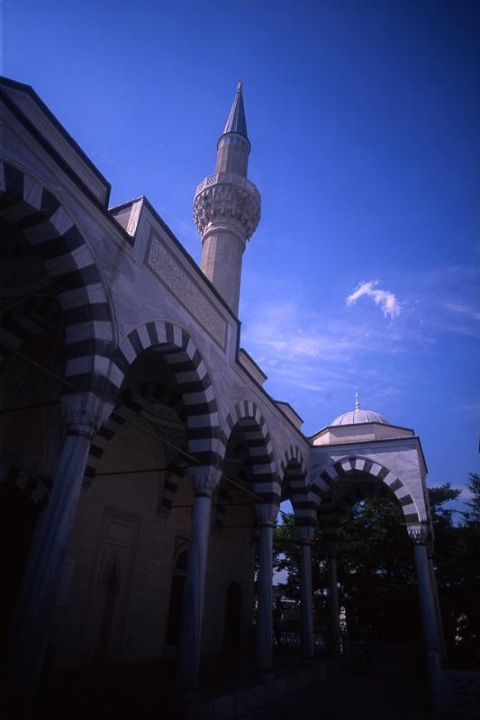 イスラム教徒の訪日者数、増加の見込み 消費拡大・ビザ緩和で