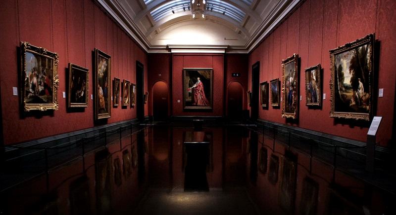 映画『ナショナル・ギャラリー 英国の至宝』は、比較的小さな美術館にもかかわらず、「世界最高峰」「英国の至宝」「驚異のコレクション」など惜しみない賛辞を受ける英国の国立美術館「ナショナル・ギャラリー」に迫ったドキュメンタリー映画(181分)。