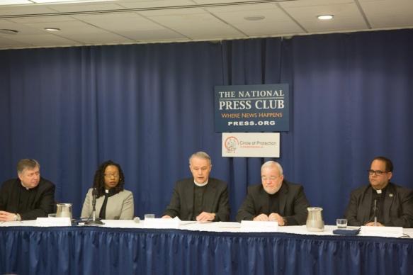 米キリスト教指導者、2016年の大統領候補者に対し貧困と飢えと戦う計画発表求める