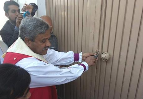 パキスタンの小さな町に教会と集会施設立てられる