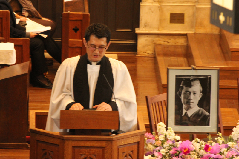 この日司式をした金大原(キム・デウォン)司祭。立教大学のチャプレンでは唯一の韓国人司祭=22日、立教学院諸聖徒礼拝堂(東京都豊島区)で