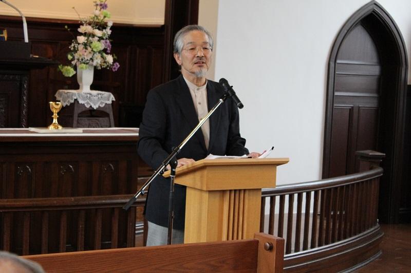 講師を務めた片桐郁夫氏。ヴォーリズが設立した一粒社ヴォーリズ建築事務所の顧問を務めている=7日、日本基督教団武蔵豊岡教会(埼玉県入間市)で