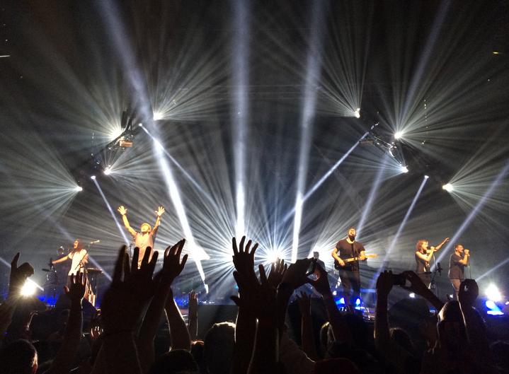 ヒルソング・ユナイテッドのコンサートの様子(写真:Grace Hill Media)