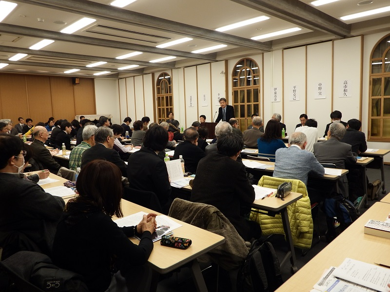 「NTJ新約聖書注解」の監修者たちによる公開シンポジウム「新約聖書学と現代の宣教」の様子=13日、日本基督教団信濃町教会(東京都新宿区)で