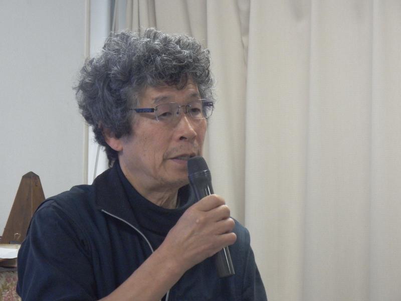 日本聖公修士の松本普(ひろし)氏は、東日本震災直後から福島県新地町に通い、これまで新地町の人たちに寄り添い活動を続けてきた。自身が新地町に遣わされたのは、「フットワークが軽かったため」とユーモアを込めて語ってくれた=3月29日、日本聖公会聖マーガレット教会(東京都杉並区)で