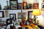 名説教の原稿はここで書かれた ビリー・グラハム氏の机の写真公開