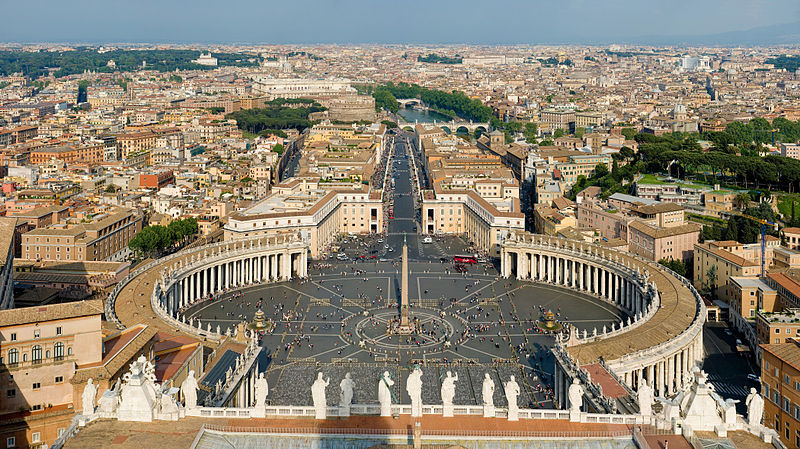 バチカンのサンピエトロ大聖堂からの眺め(写真:Diliff)<br />