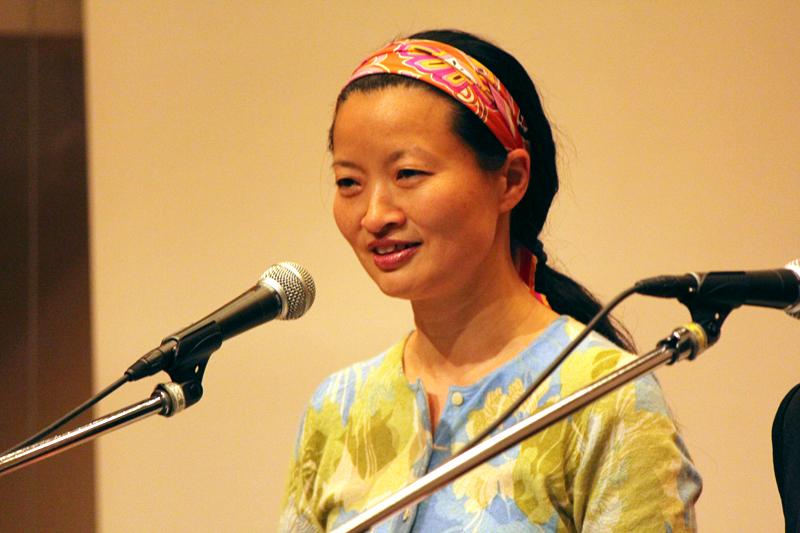 イスラエルでの支援活動について語る、BFPエルサレムフードバンクの里親・キッズプログラムマネージャーのシャーリー・バーディックさん=1日、お茶の水クリスチャン・センター(東京都千代田区)で