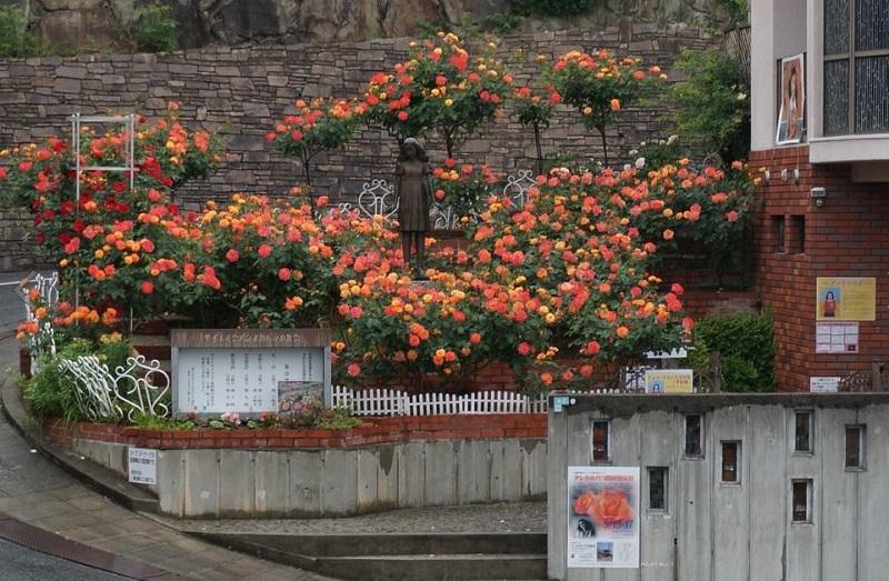 アンネのバラの教会にある「アンネの庭」(写真:アンネのバラの教会提供)