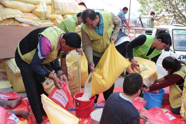 ネパール大地震、キリスト教団体支援物資 山間部の遠隔地にも 医療チームも派遣