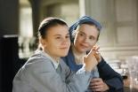 盲ろうの少女と修道女の出会いが起こす奇跡の実話 映画『奇跡の人 マリーとマルグリッド』、来月公開