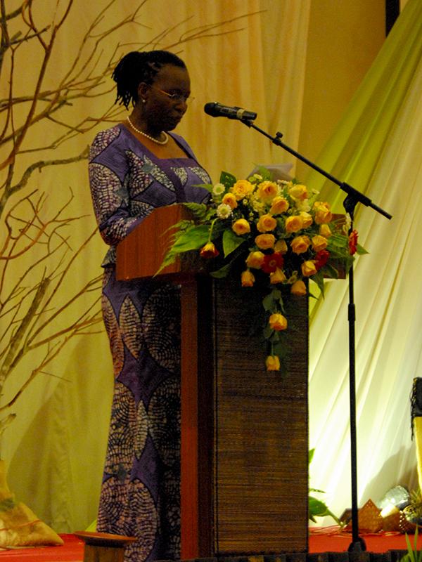 アジアキリスト教協議会(CCA)第14回総会の最初の主題講演で、「神の家で共に生きる 神学的省察」と題して講演する世界教会協議会(WCC)副総幹事のイザベル・アパウォ・フィリ博士=22日、メルキュール・コンベンション・センター・アンチョール(インドネシア・ジャカルタ)で