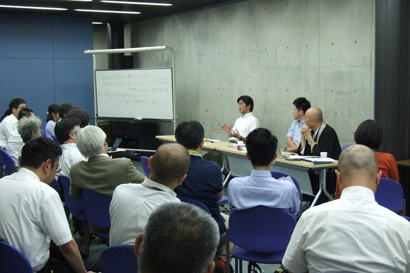 「宗教の社会貢献は、本物か」 宗教社会学者と僧侶が研究会