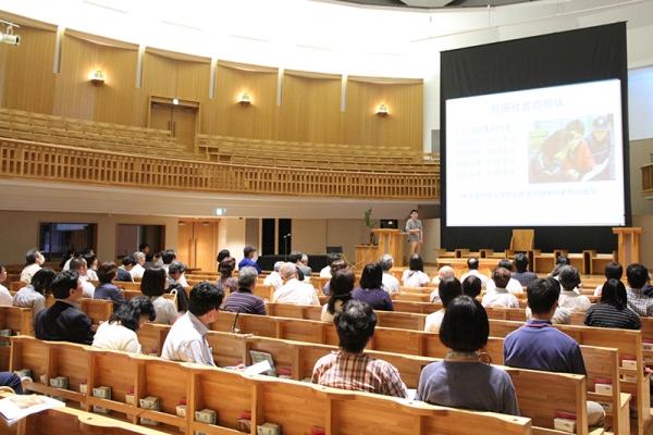 広がる高齢者の貧困問題 豊かに老後暮らすノウハウも 聖学院大で講演会