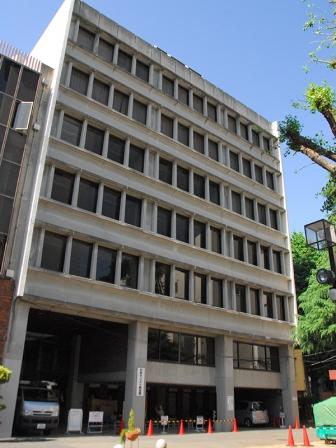 日本キリスト教会館、耐震改修工事始まる
