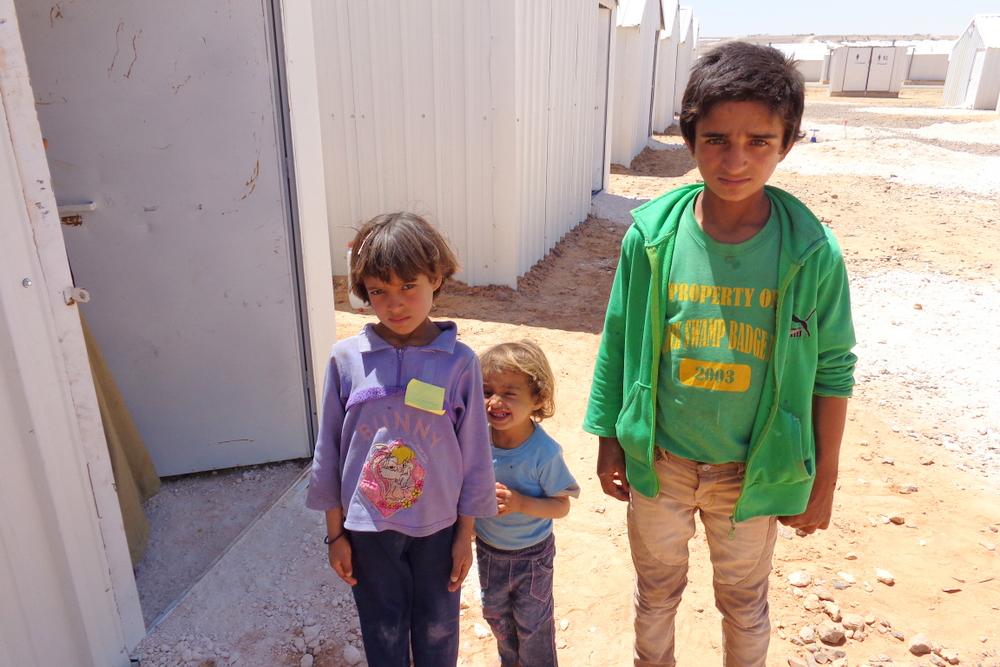 難民キャンプで暮らすシリア人のきょうだい(写真:ワールド・ビジョン・ジャパン提供)