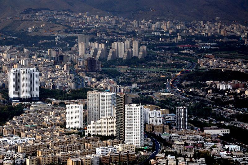 イランの首都テヘラン(写真:Simisa)
